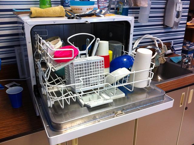 malá myčka nádobí