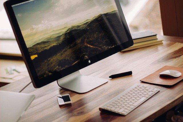 stolní počítač, stůl